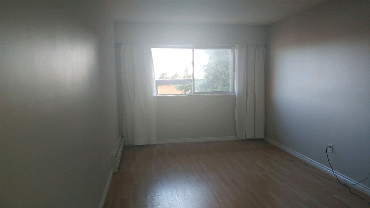 Condo Apartment at 307 611 BLACKFORD STREET, Unit 307, New Westminster, British Columbia. Image 7