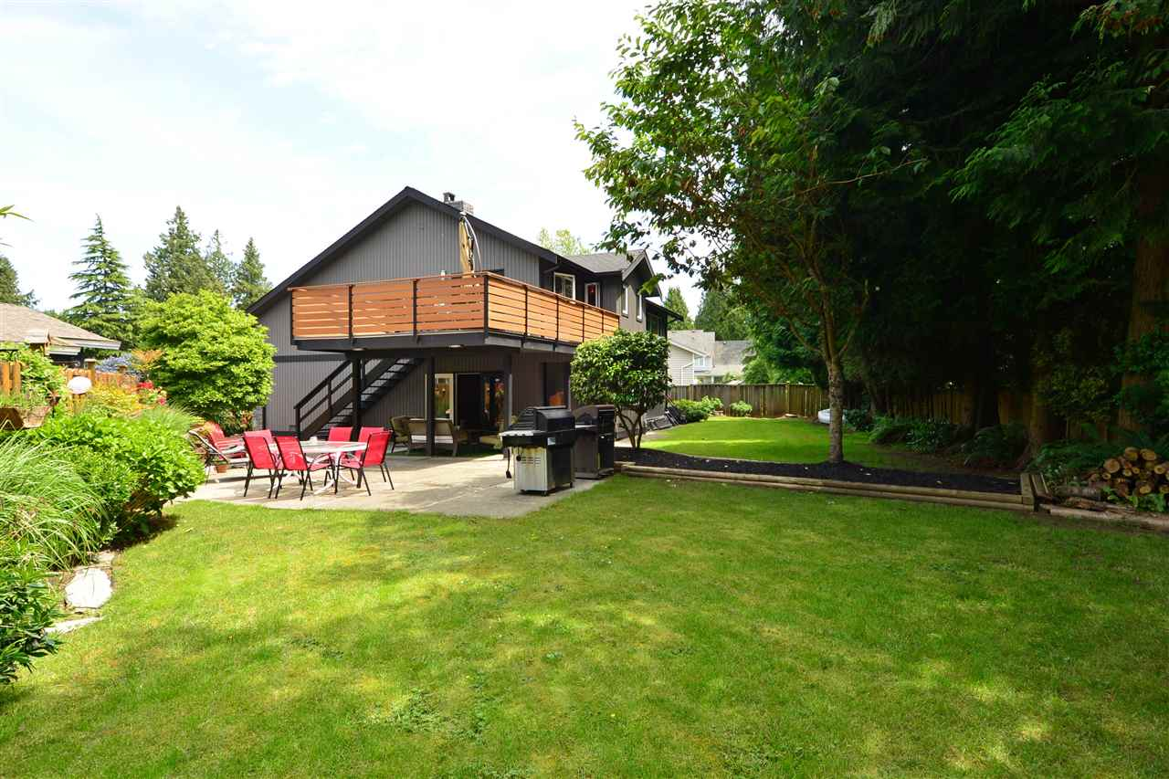 Detached at 2303 COVE PLACE, South Surrey White Rock, British Columbia. Image 17
