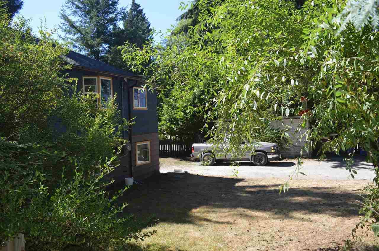Detached at 5623 OSPREY STREET, Sunshine Coast, British Columbia. Image 9