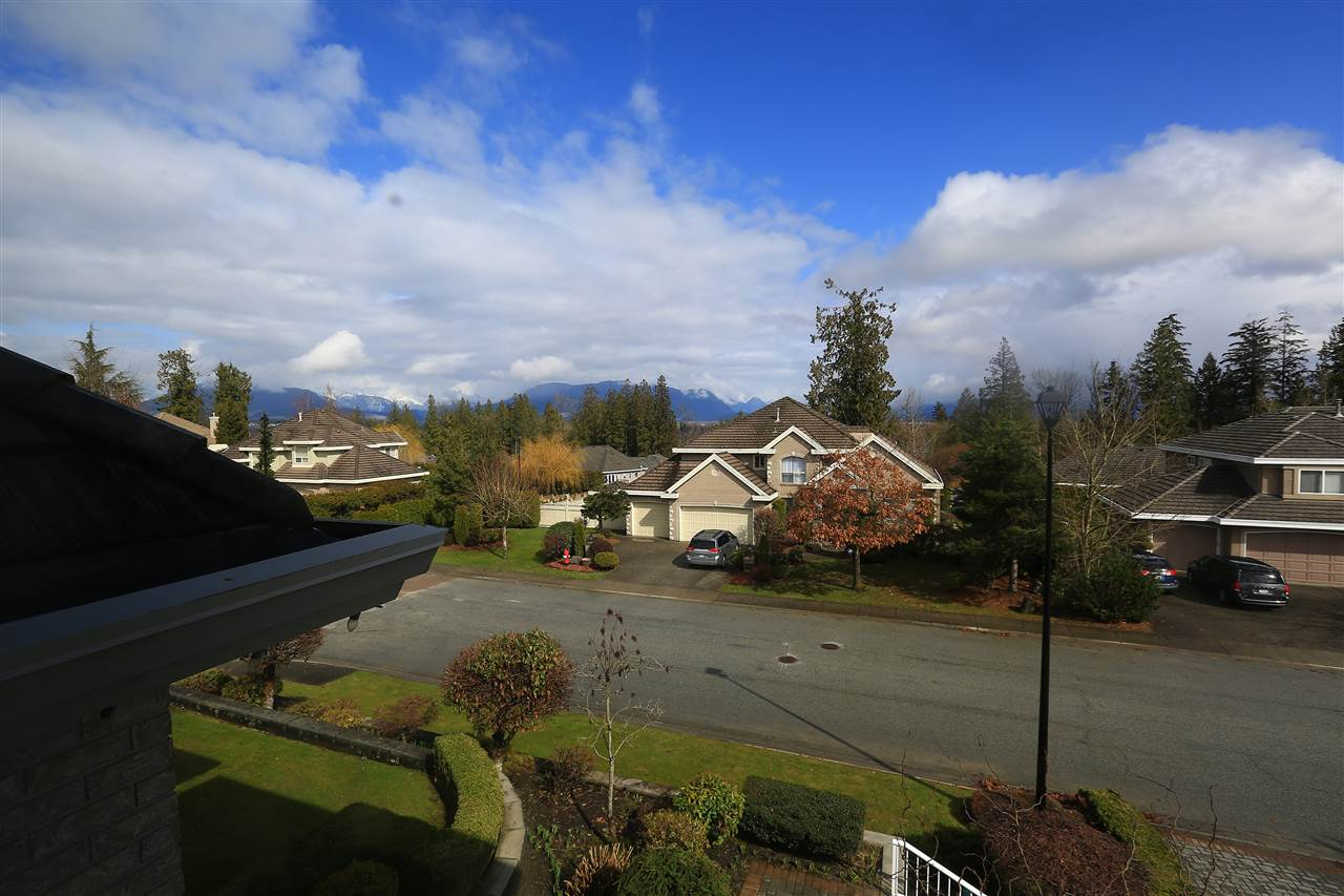 Detached at 11265 163 STREET, North Surrey, British Columbia. Image 19