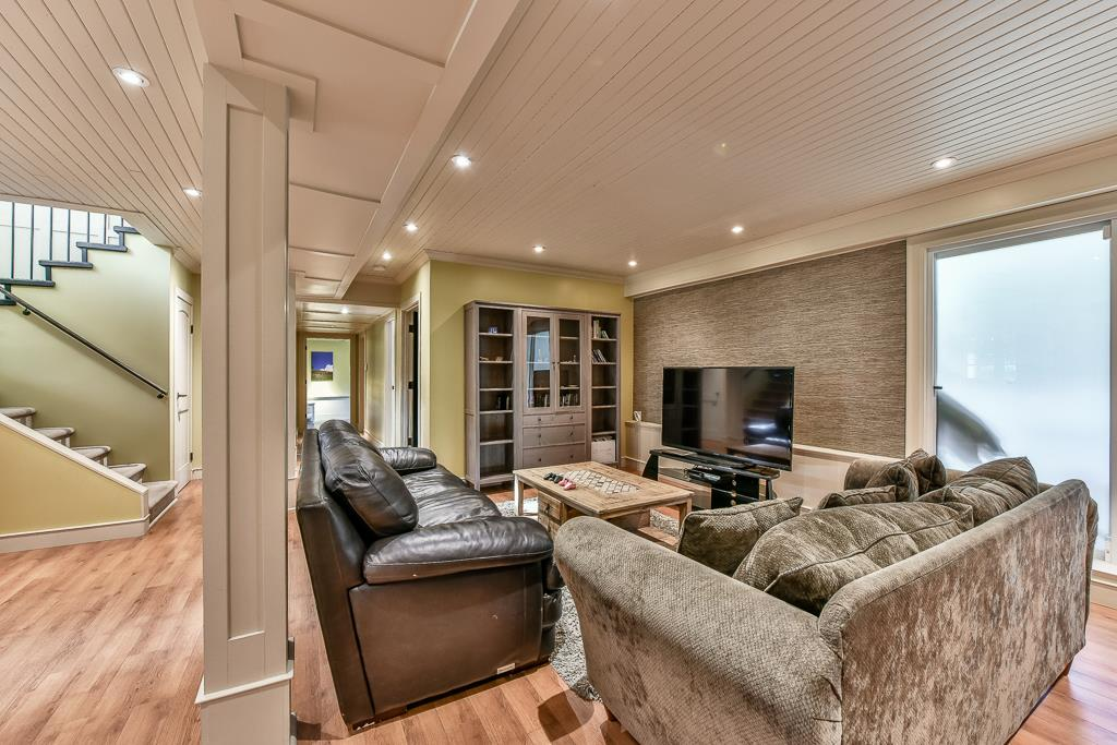 Detached at 14364 GREENCREST DRIVE, South Surrey White Rock, British Columbia. Image 17