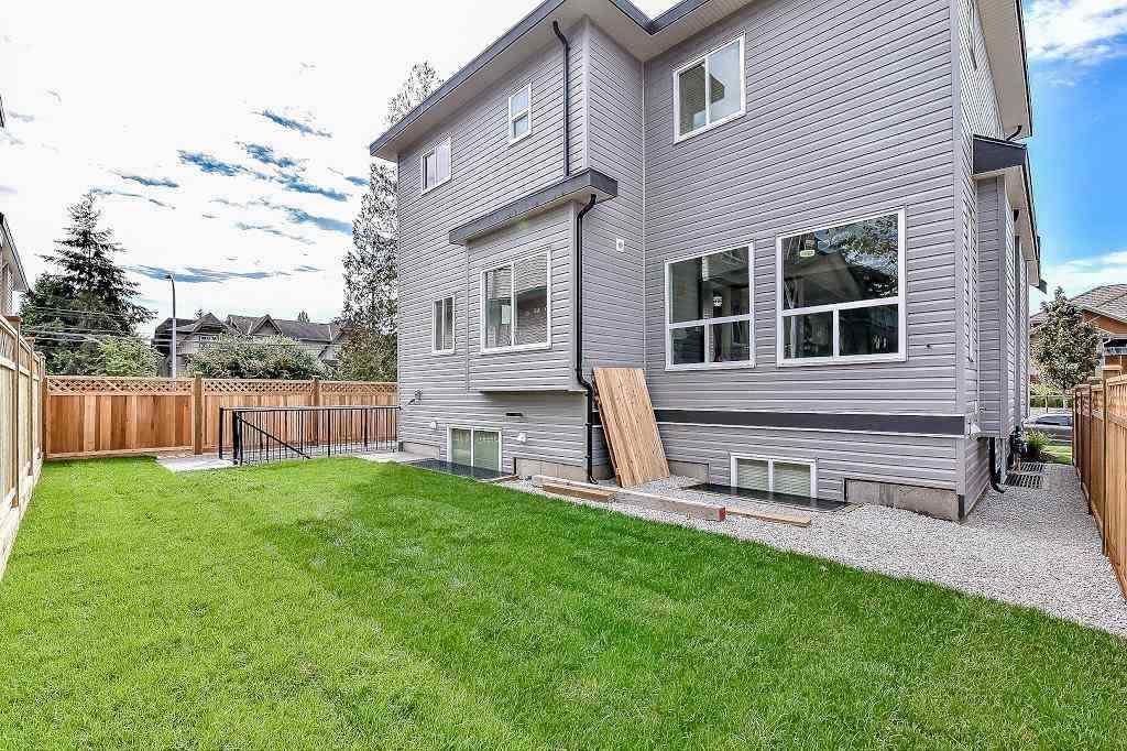 Detached at 6620 127A STREET, Surrey, British Columbia. Image 19