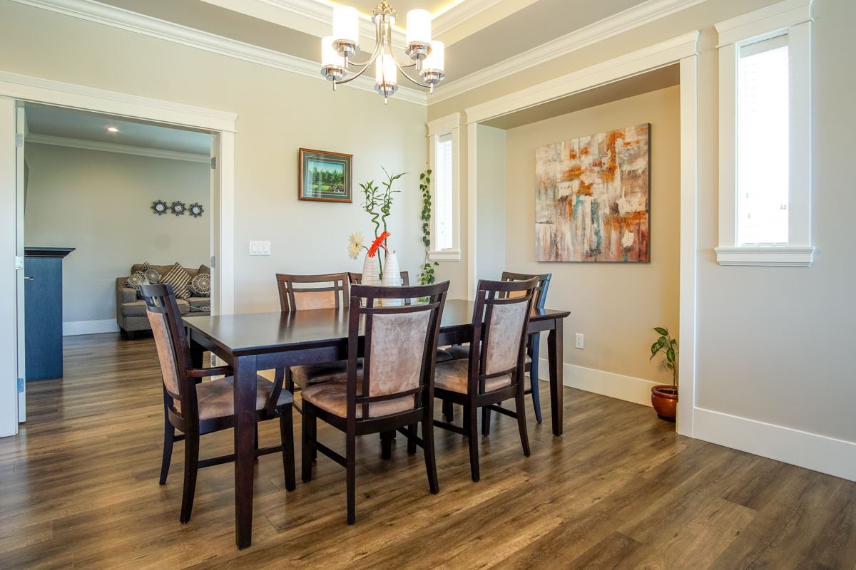 Detached at 8835 WOOLER TERRACE, Mission, British Columbia. Image 9