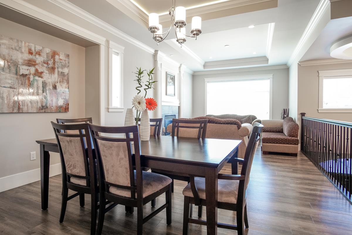 Detached at 8835 WOOLER TERRACE, Mission, British Columbia. Image 10