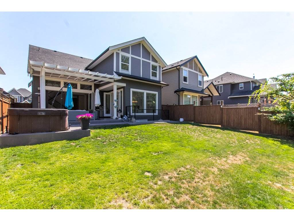 Detached at 8541 205B STREET, Langley, British Columbia. Image 20