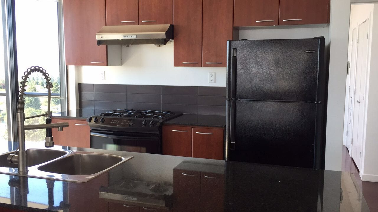 Condo Apartment at 1802 7108 COLLIER STREET, Unit 1802, Burnaby South, British Columbia. Image 6