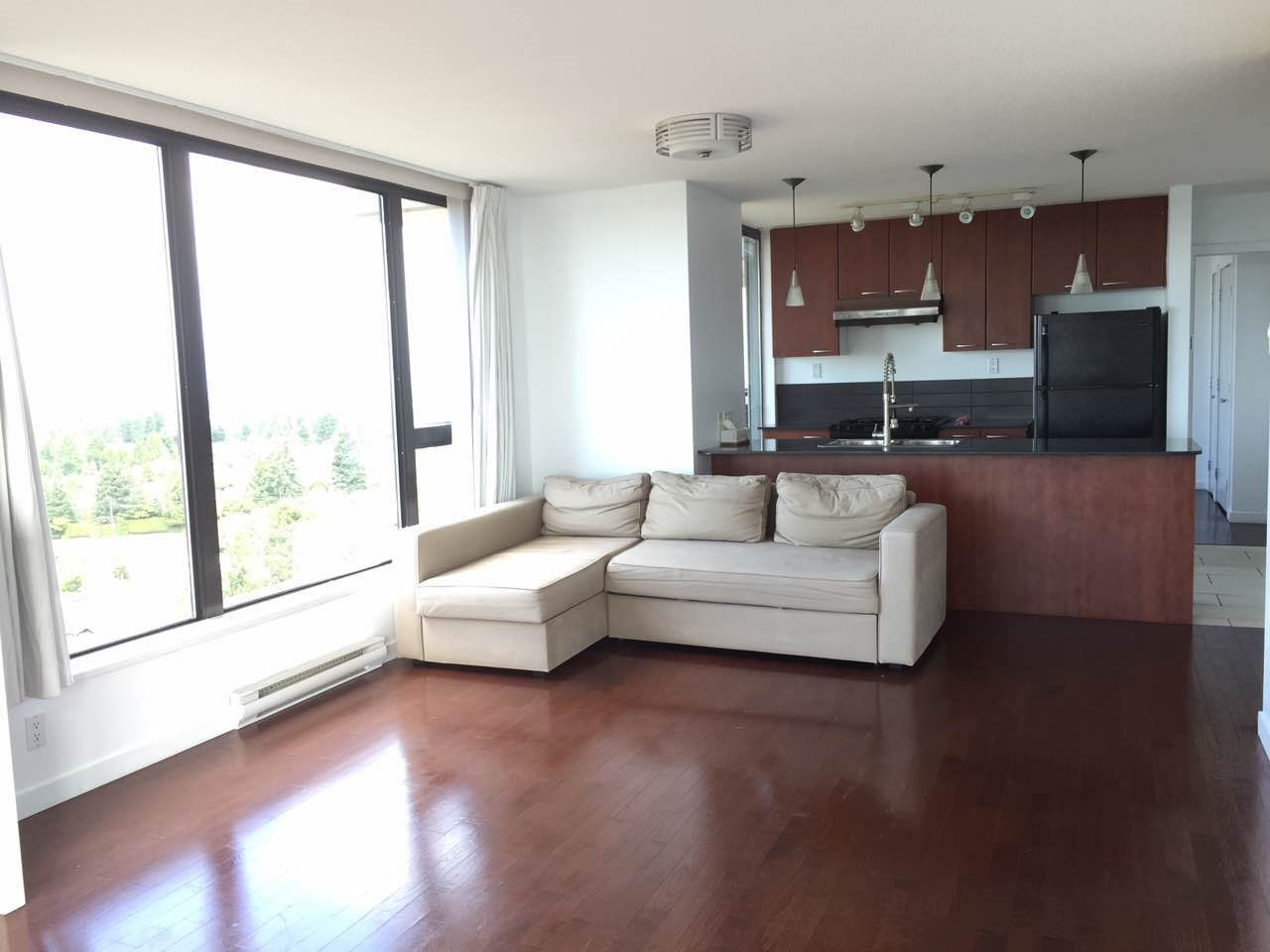 Condo Apartment at 1802 7108 COLLIER STREET, Unit 1802, Burnaby South, British Columbia. Image 7