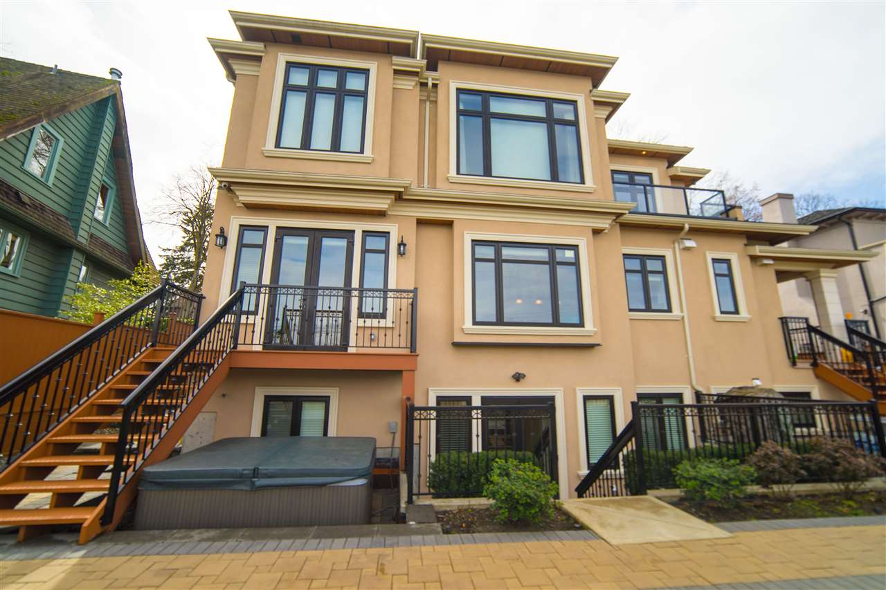 Detached at 4131 CROWN CRESCENT, Vancouver West, British Columbia. Image 1