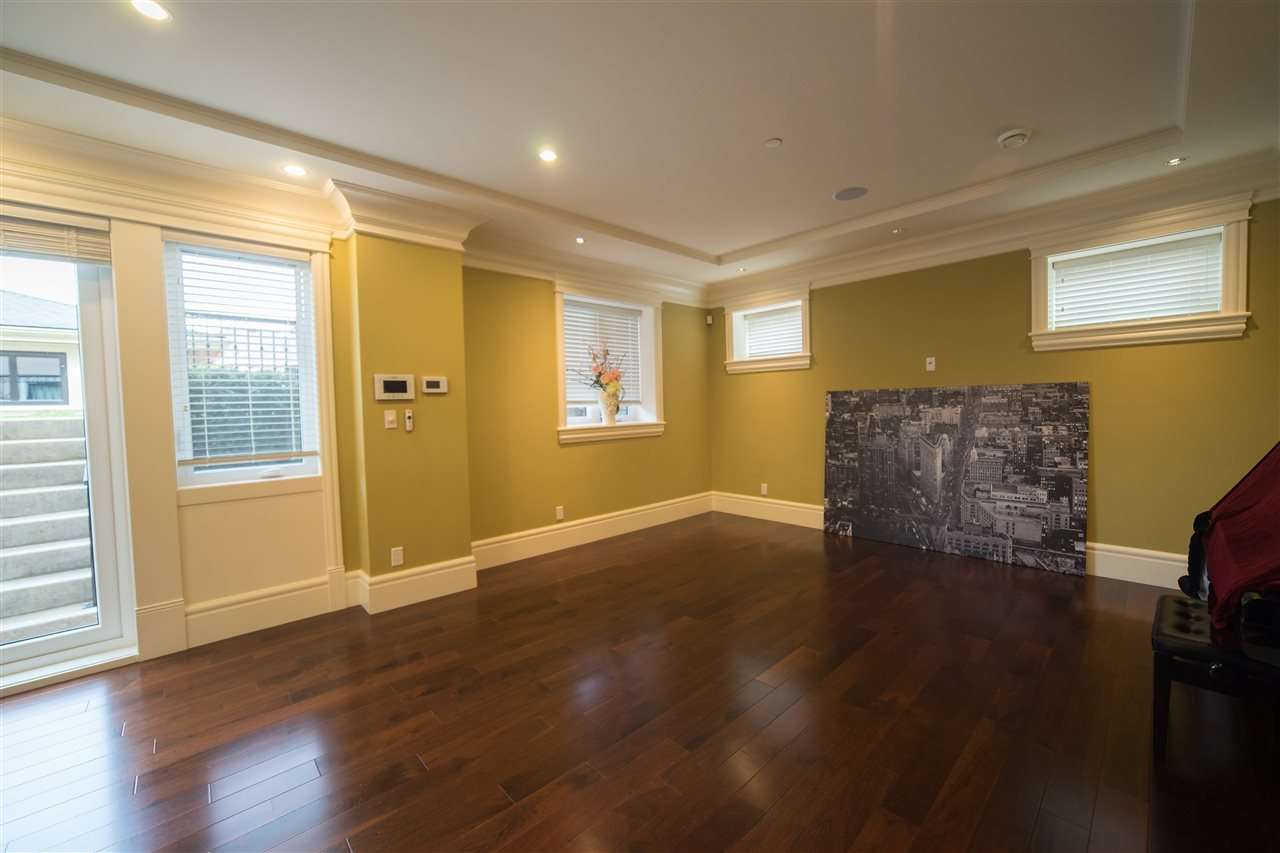 Detached at 4131 CROWN CRESCENT, Vancouver West, British Columbia. Image 17