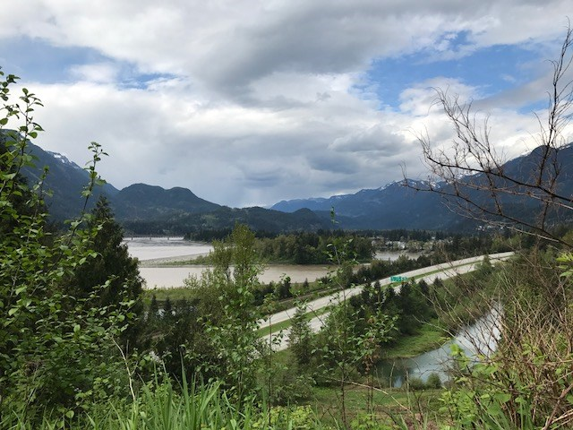 Detached at 64385 FLOOD HOPE ROAD, Hope, British Columbia. Image 1