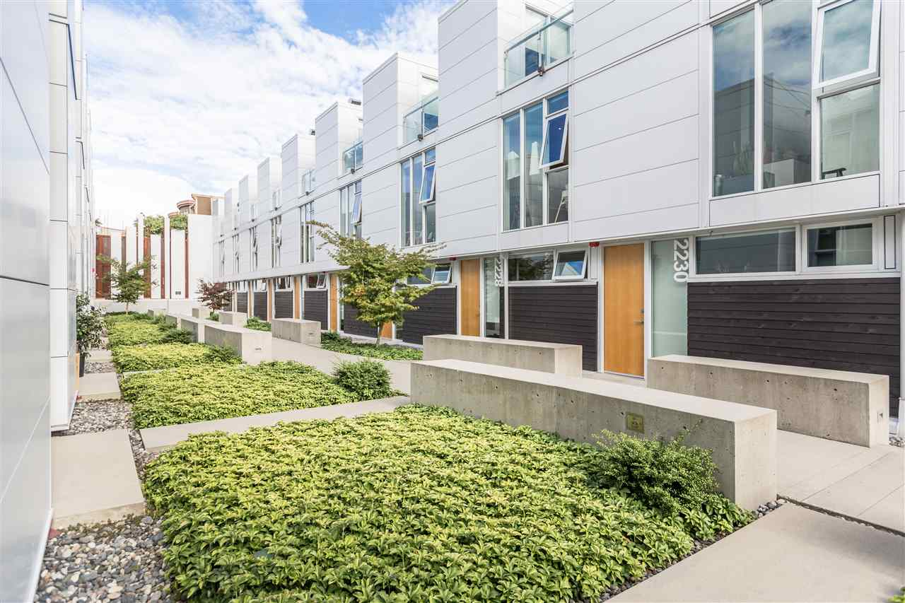 Townhouse at 770 W 6TH AVENUE, Vancouver West, British Columbia. Image 11