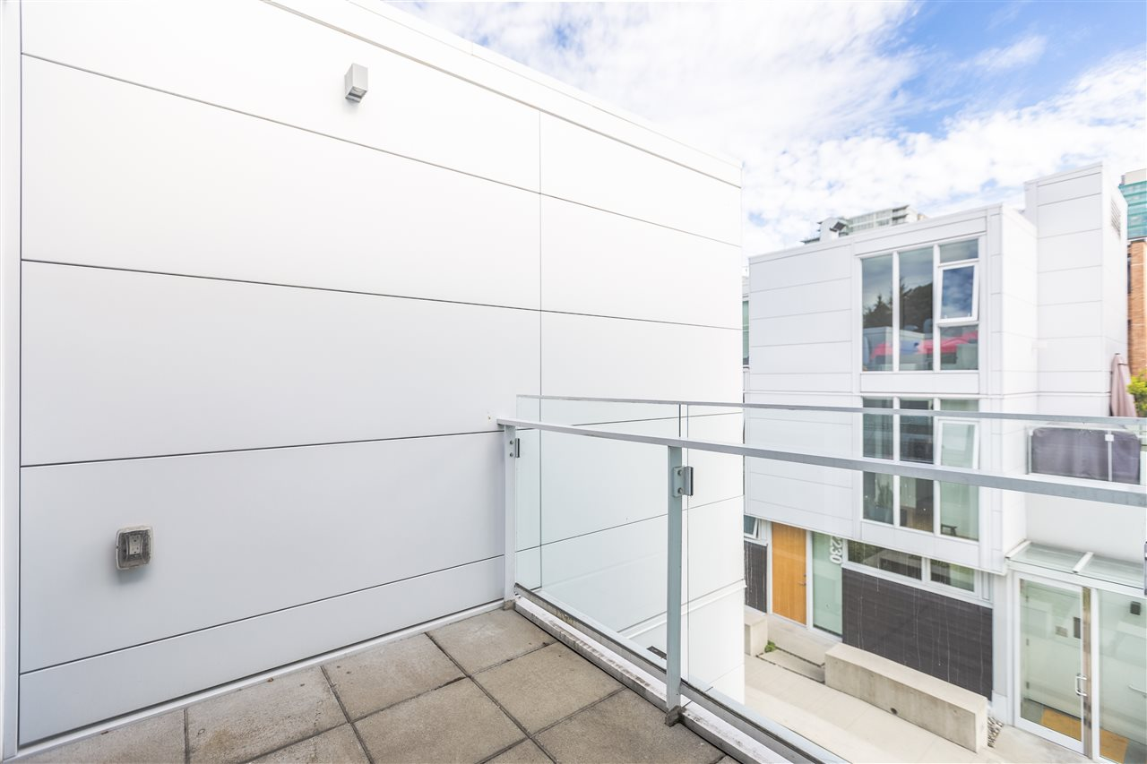 Townhouse at 770 W 6TH AVENUE, Vancouver West, British Columbia. Image 13