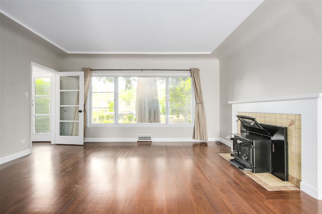 Detached at 515 W QUEENS ROAD, North Vancouver, British Columbia. Image 7
