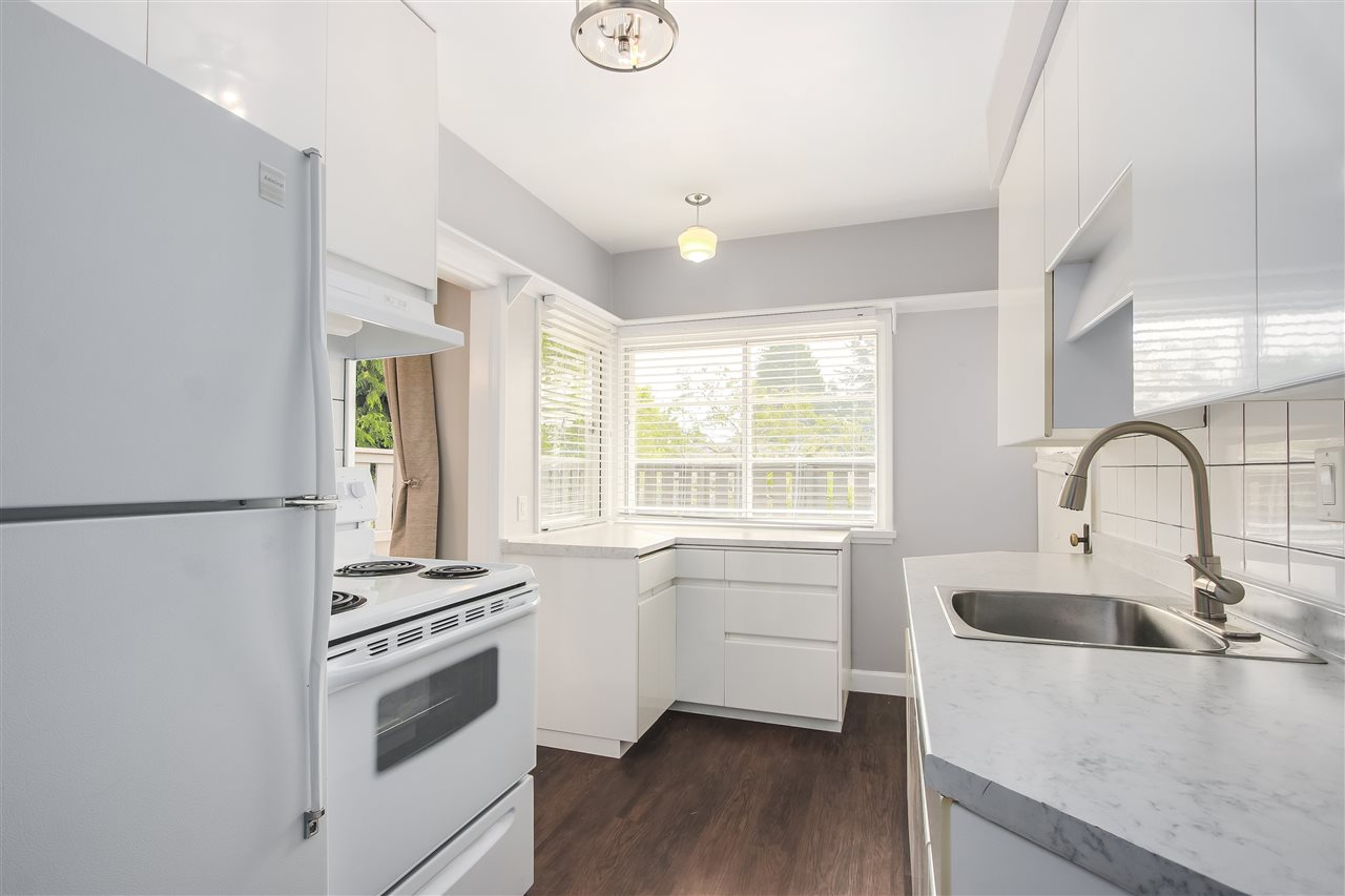 Detached at 515 W QUEENS ROAD, North Vancouver, British Columbia. Image 10