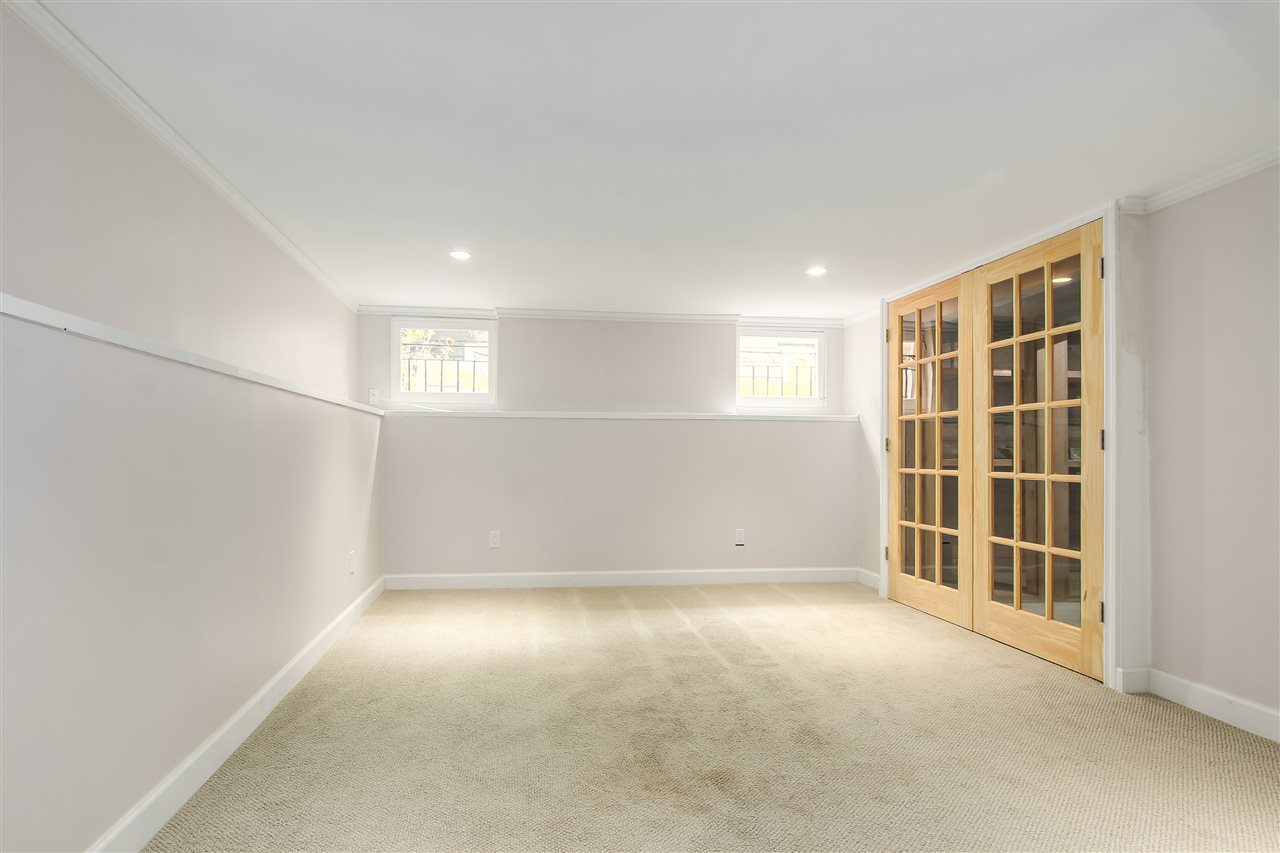 Detached at 515 W QUEENS ROAD, North Vancouver, British Columbia. Image 15