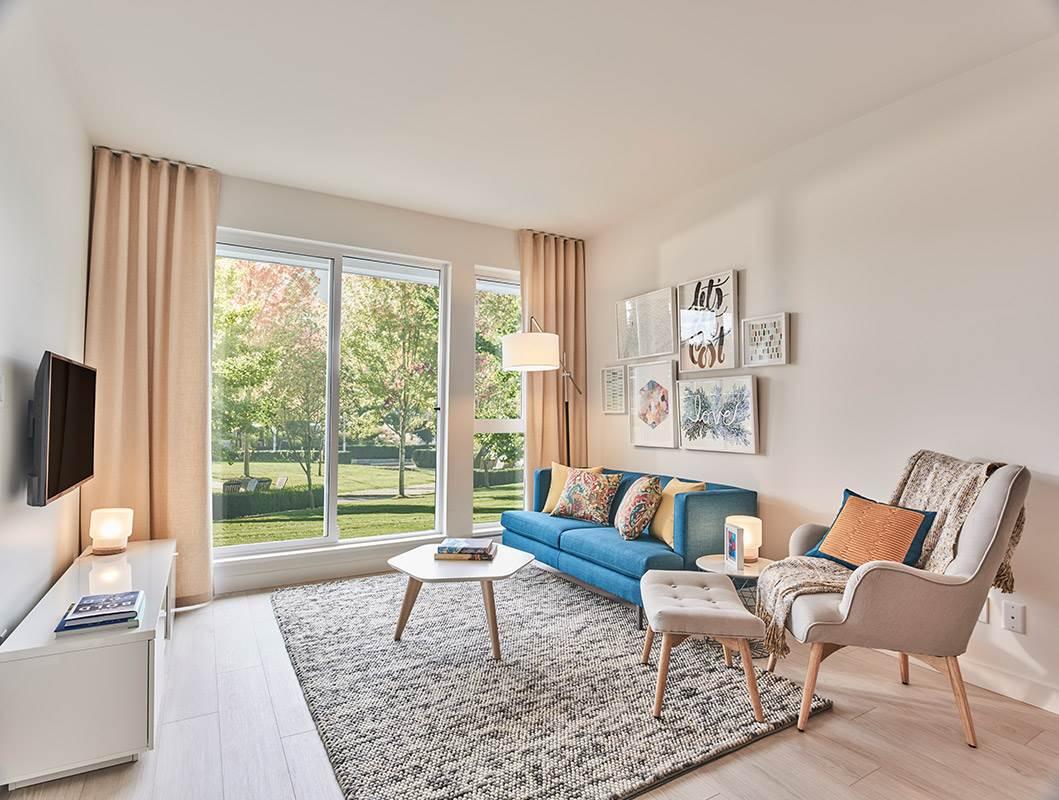 Condo Apartment at 411 13963 105A AVENUE, Unit 411, North Surrey, British Columbia. Image 1