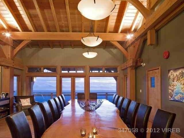 Detached at 8100 FORBIDDEN PLATEAU ROAD, Out of Town, British Columbia. Image 4