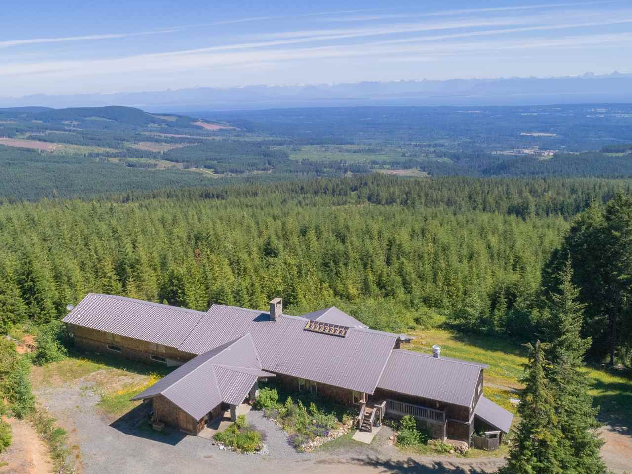 Detached at 8100 FORBIDDEN PLATEAU ROAD, Out of Town, British Columbia. Image 18