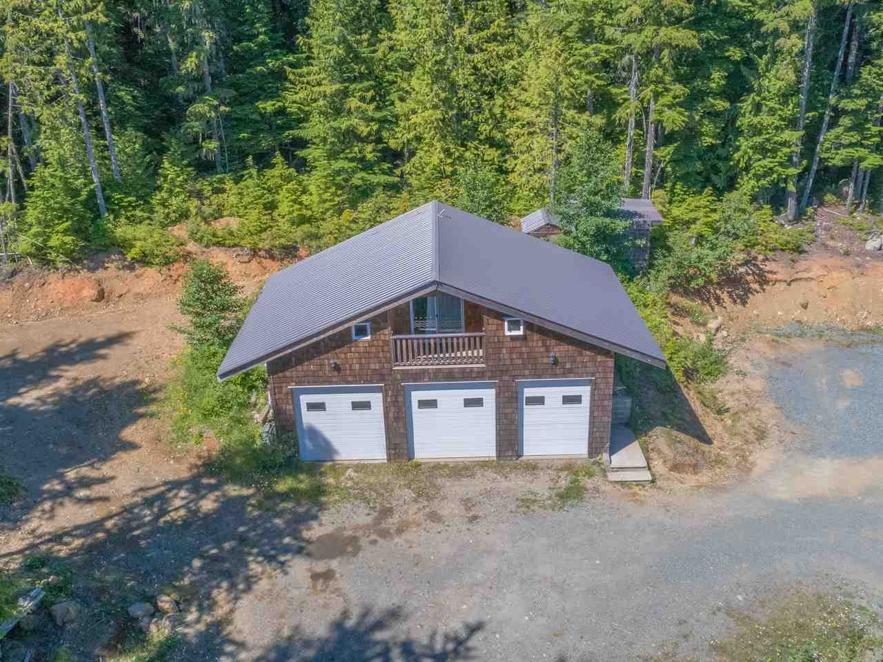 Detached at 8100 FORBIDDEN PLATEAU ROAD, Out of Town, British Columbia. Image 20