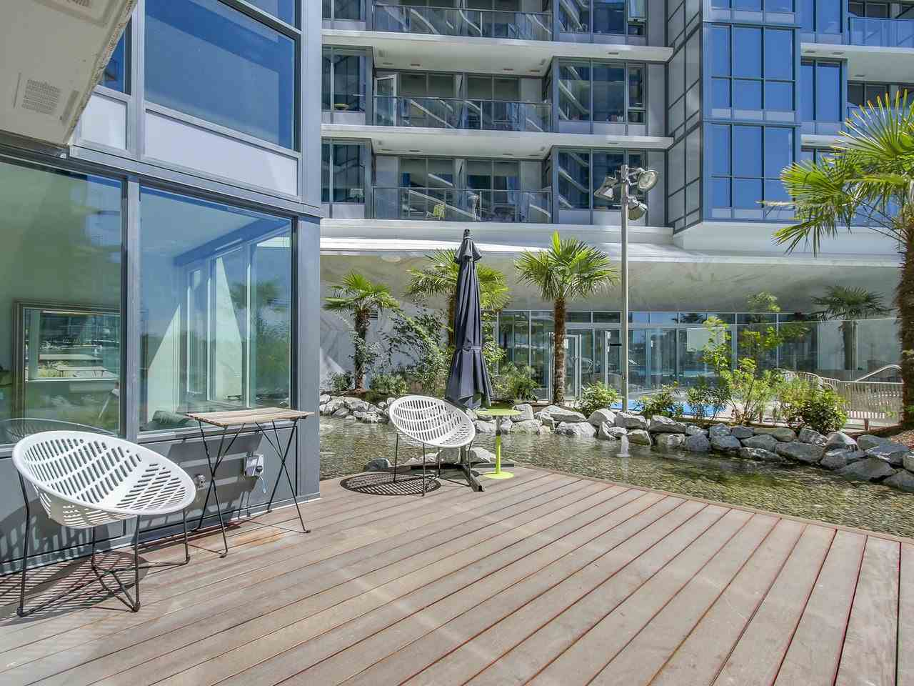 Condo Apartment at 303 68 SMITHE STREET, Unit 303, Vancouver West, British Columbia. Image 1
