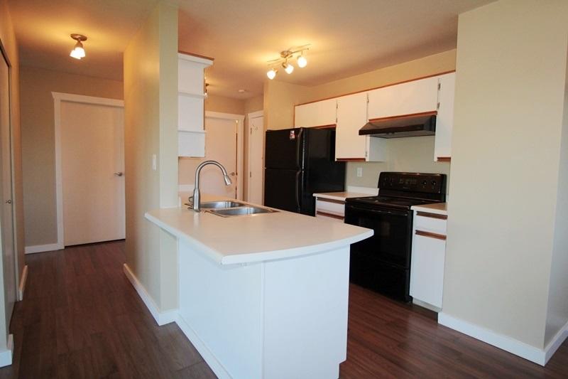 Condo Apartment at 210 1755 SALTON ROAD, Unit 210, Abbotsford, British Columbia. Image 3