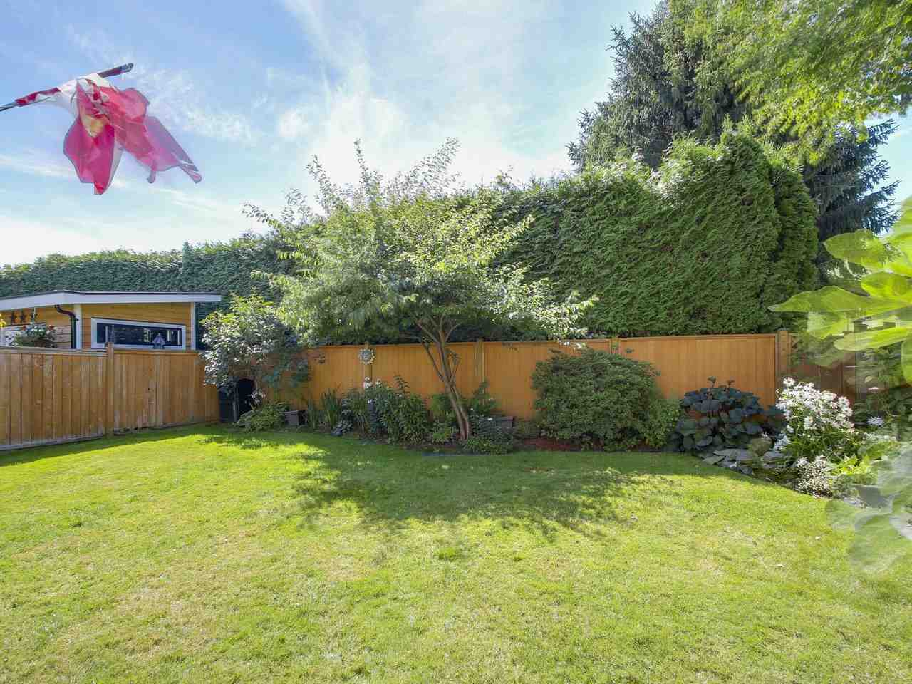 Detached at 9356 KINGSLEY CRESCENT, Richmond, British Columbia. Image 17