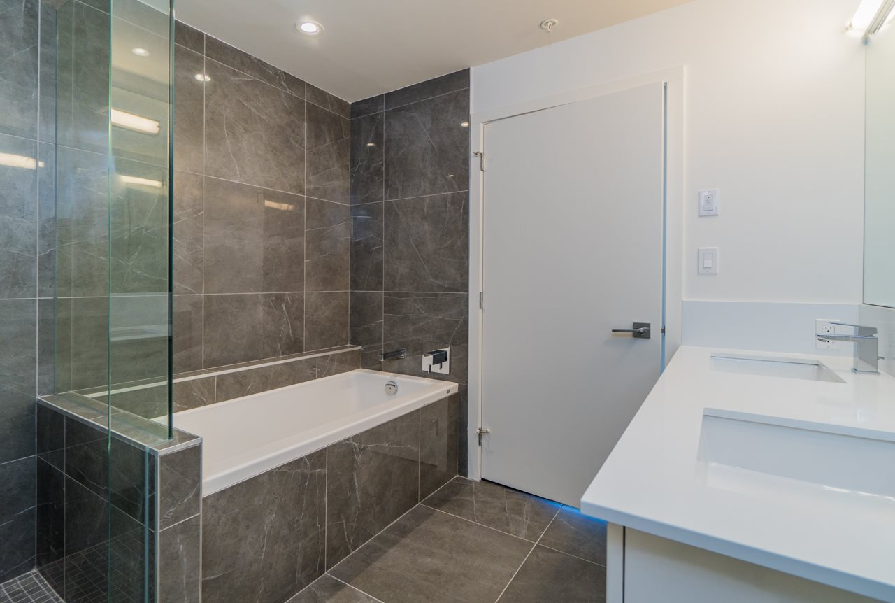 Condo Apartment at 507 5688 WILLOW STREET, Unit 507, Vancouver West, British Columbia. Image 16