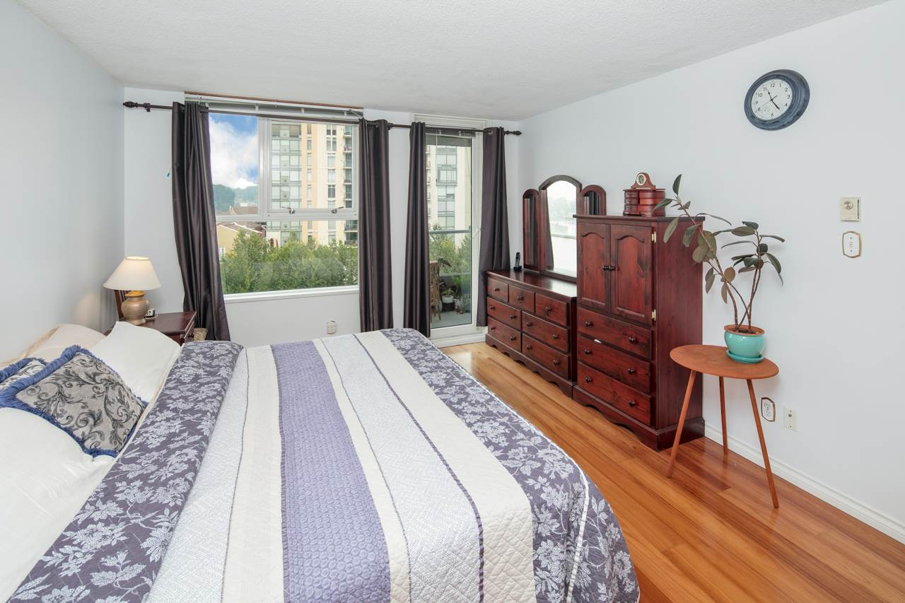Condo Apartment at 706 1250 QUAYSIDE DRIVE, Unit 706, New Westminster, British Columbia. Image 8