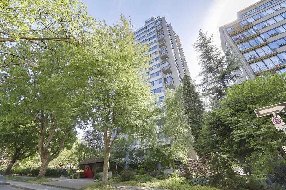 Condo Apartment at 1501 1740 COMOX STREET, Unit 1501, Vancouver West, British Columbia. Image 1
