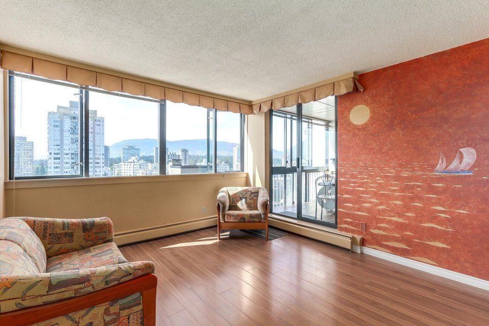 Condo Apartment at 1501 1740 COMOX STREET, Unit 1501, Vancouver West, British Columbia. Image 2
