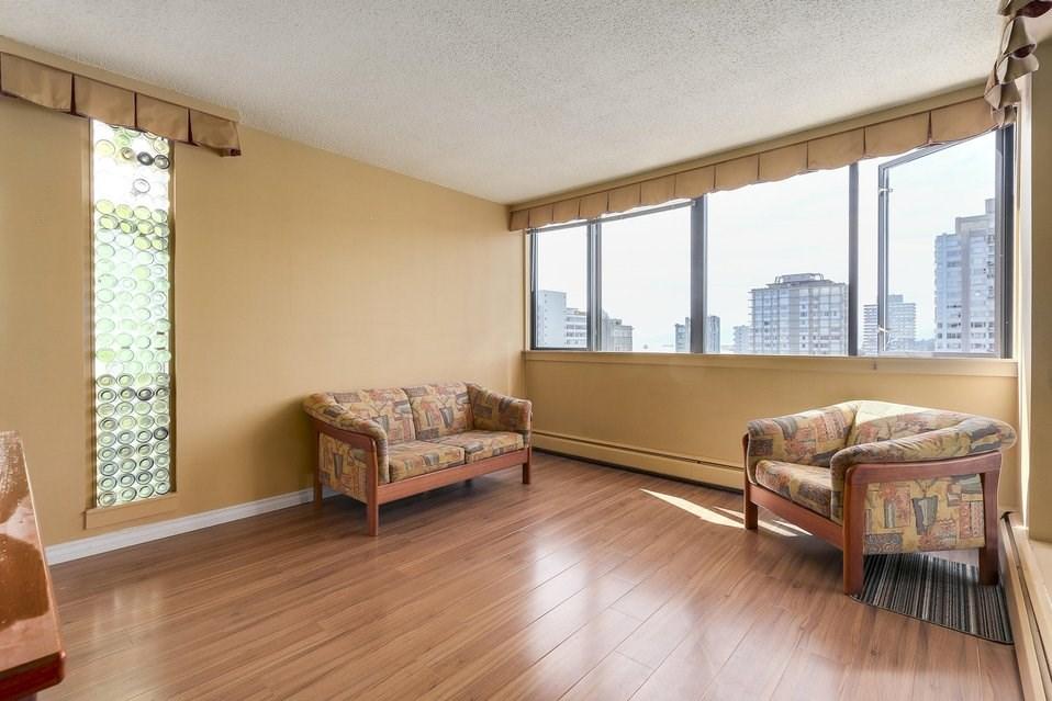 Condo Apartment at 1501 1740 COMOX STREET, Unit 1501, Vancouver West, British Columbia. Image 4