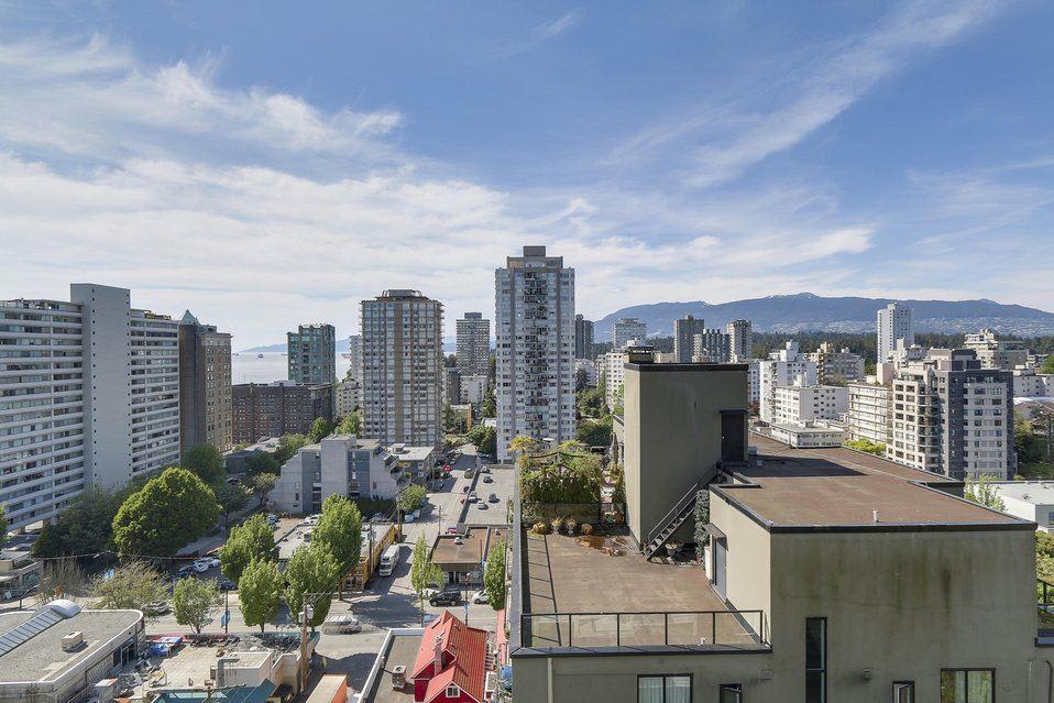 Condo Apartment at 1501 1740 COMOX STREET, Unit 1501, Vancouver West, British Columbia. Image 6