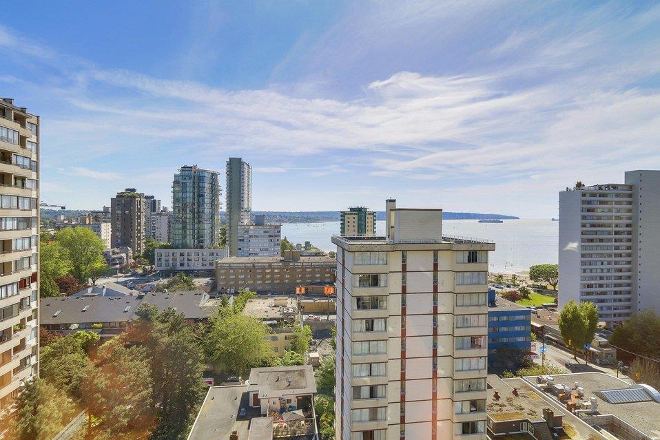 Condo Apartment at 1501 1740 COMOX STREET, Unit 1501, Vancouver West, British Columbia. Image 10