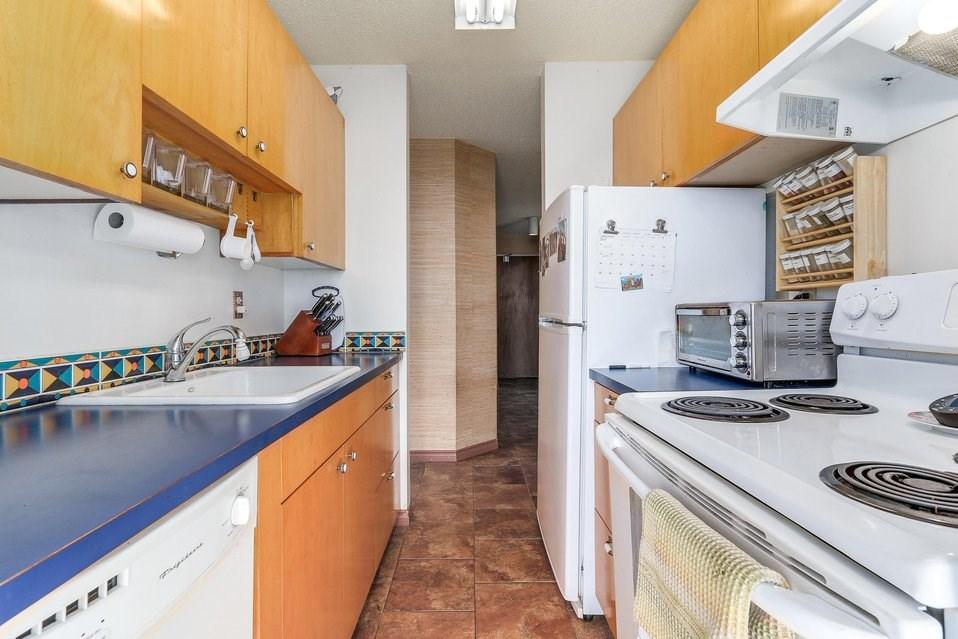 Condo Apartment at 1501 1740 COMOX STREET, Unit 1501, Vancouver West, British Columbia. Image 11