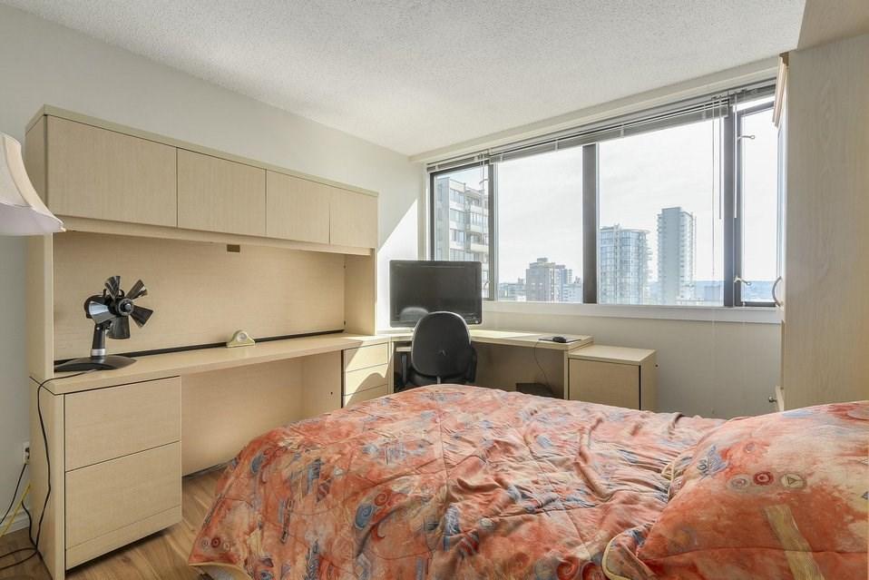 Condo Apartment at 1501 1740 COMOX STREET, Unit 1501, Vancouver West, British Columbia. Image 12