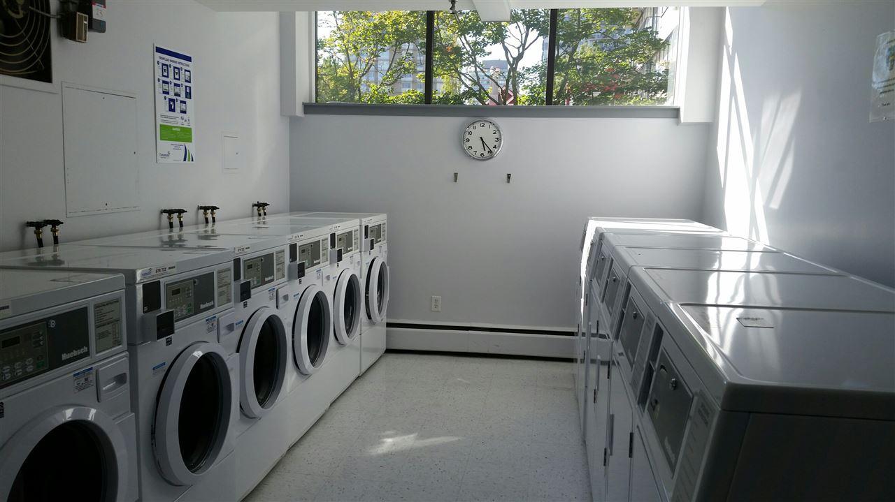 Condo Apartment at 1501 1740 COMOX STREET, Unit 1501, Vancouver West, British Columbia. Image 17