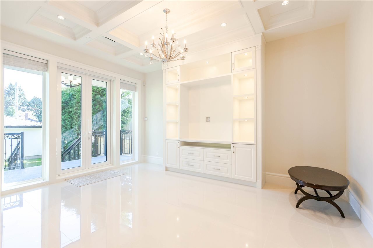 Detached at 2722 W 32ND AVENUE, Vancouver West, British Columbia. Image 5