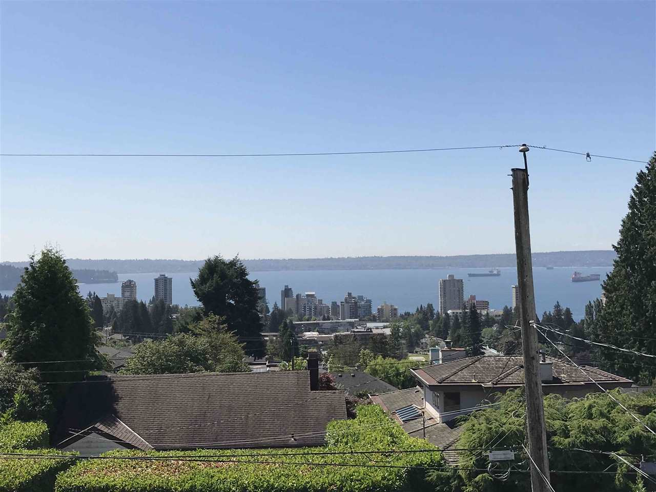 Detached at 2137 NELSON AVENUE, West Vancouver, British Columbia. Image 2