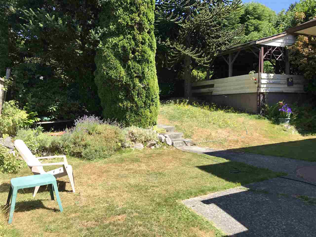 Detached at 2137 NELSON AVENUE, West Vancouver, British Columbia. Image 10