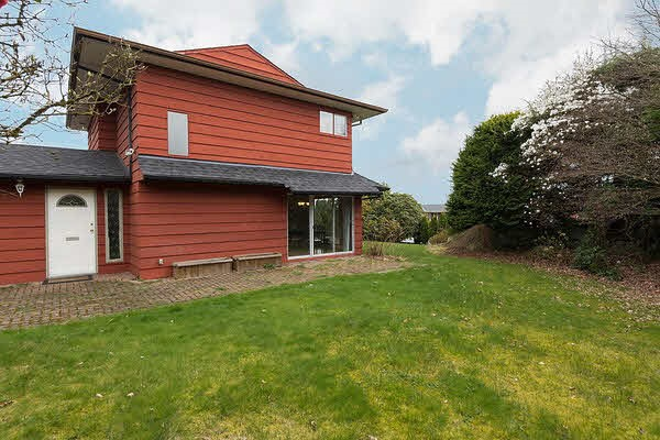 Detached at 1015 GREENWOOD ROAD, West Vancouver, British Columbia. Image 6