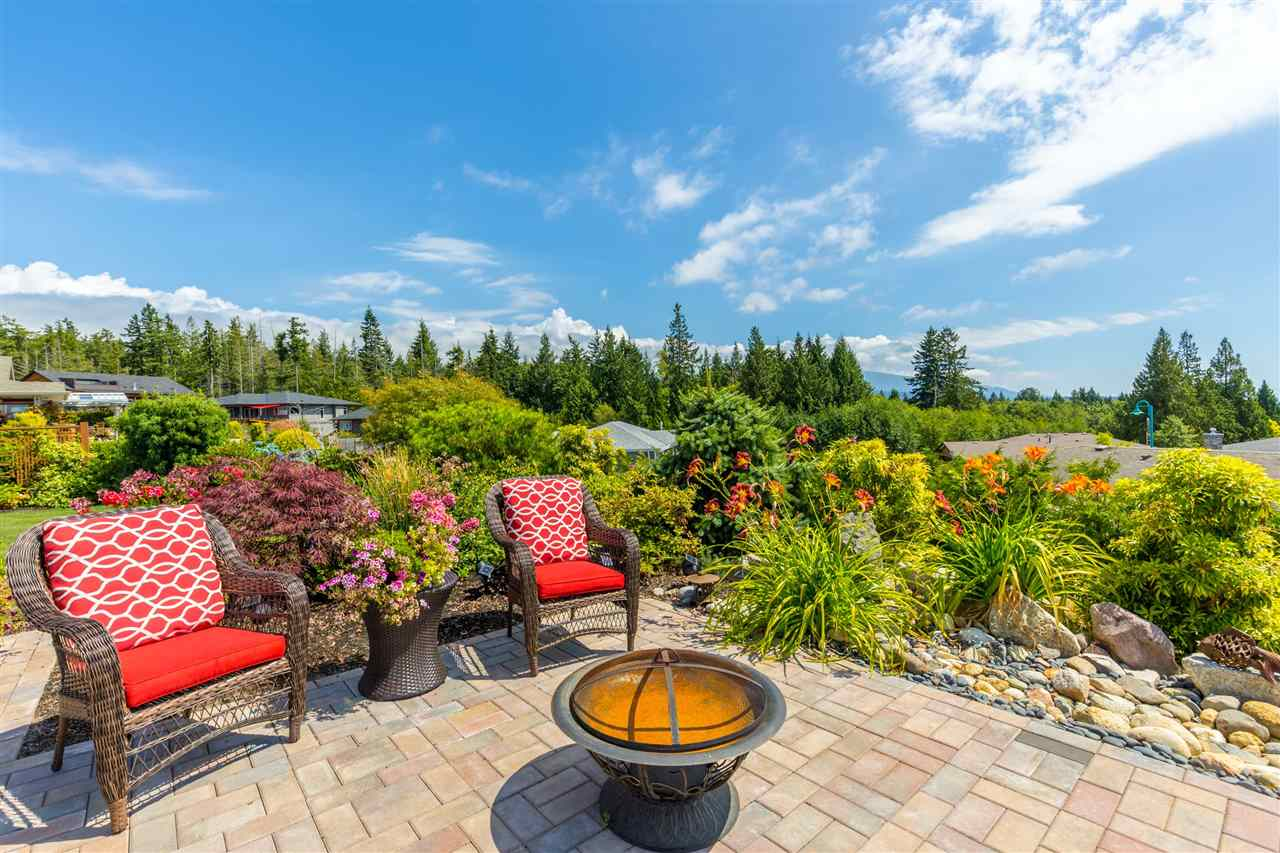 Detached at 6332 BAILLIE ROAD, Sunshine Coast, British Columbia. Image 3