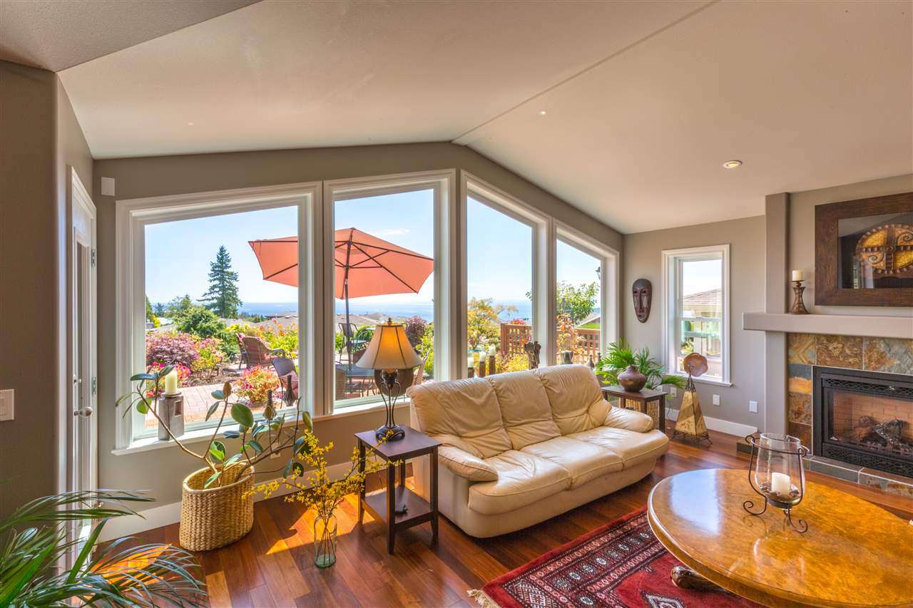 Detached at 6332 BAILLIE ROAD, Sunshine Coast, British Columbia. Image 9