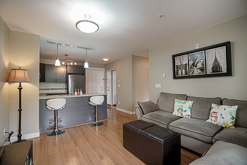 Condo Apartment at 210 7738 EDMONDS STREET, Unit 210, Burnaby East, British Columbia. Image 3