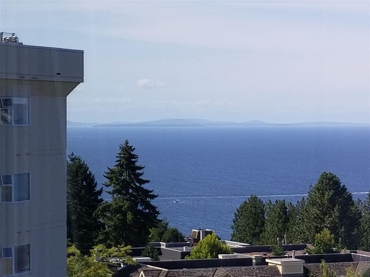 Condo Apartment at 707 1442 FOSTER STREET, Unit 707, South Surrey White Rock, British Columbia. Image 4