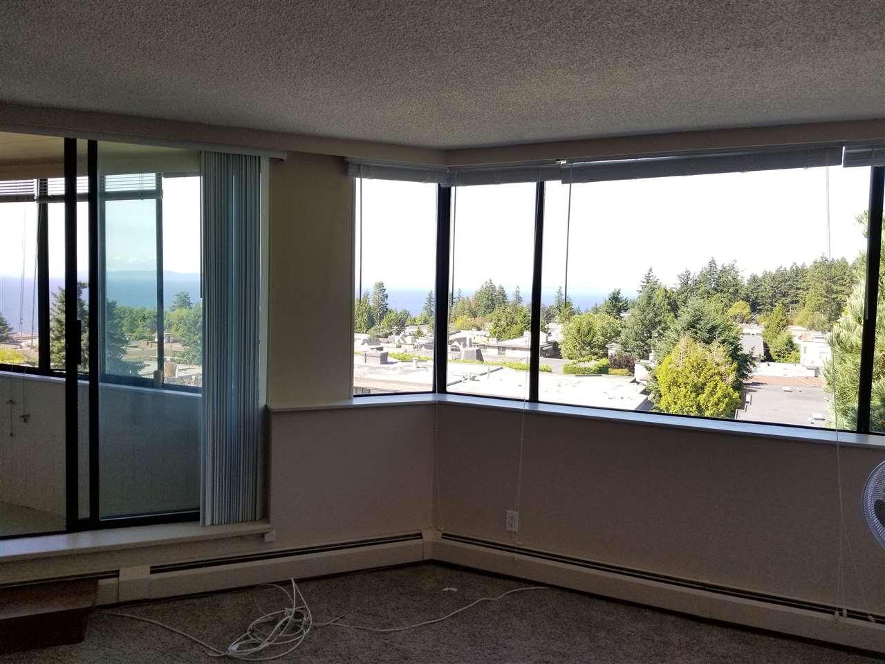 Condo Apartment at 707 1442 FOSTER STREET, Unit 707, South Surrey White Rock, British Columbia. Image 6