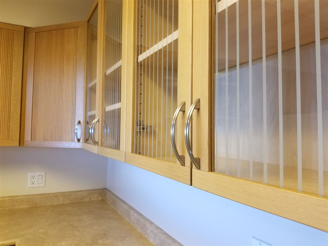 Condo Apartment at 707 1442 FOSTER STREET, Unit 707, South Surrey White Rock, British Columbia. Image 12