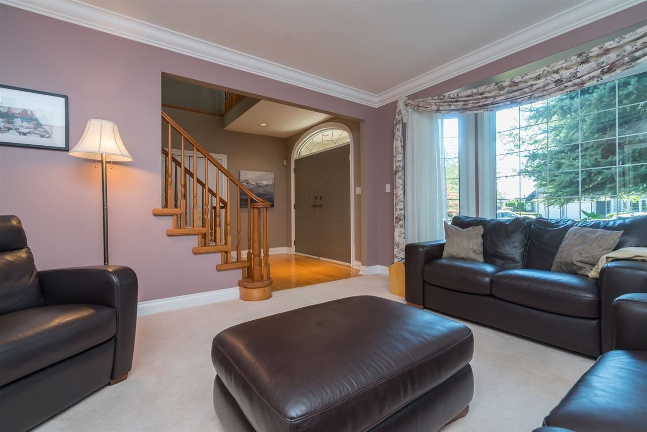 Detached at 35917 STONECROFT PLACE, Abbotsford, British Columbia. Image 7