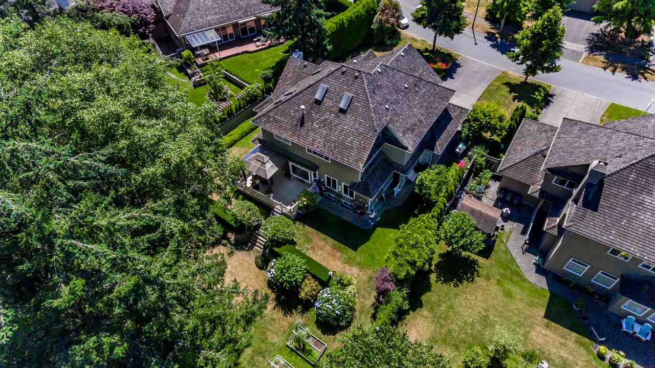Detached at 13921 23 AVENUE, South Surrey White Rock, British Columbia. Image 4