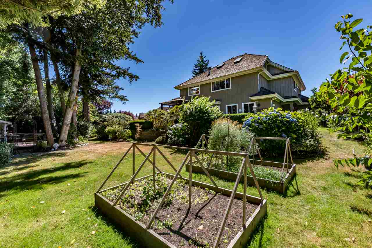 Detached at 13921 23 AVENUE, South Surrey White Rock, British Columbia. Image 11