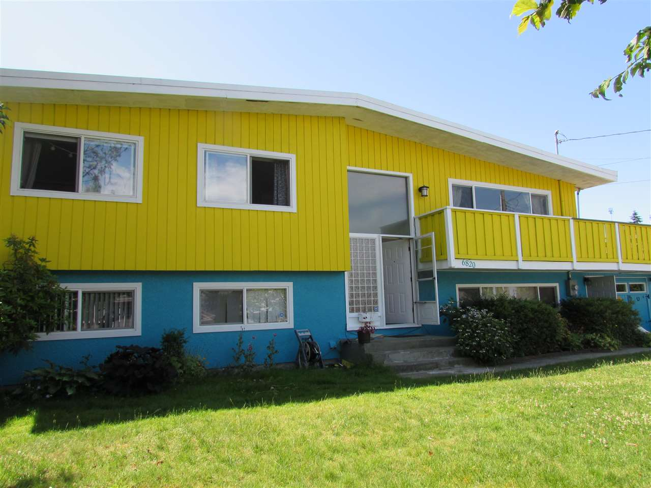Detached at 6820 STANLEY STREET, Burnaby South, British Columbia. Image 1